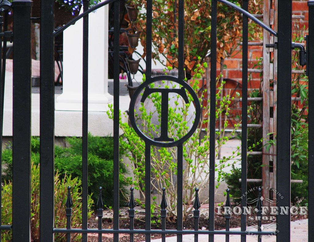 iron aluminum fence photo gallery iron fence shop With iron gate letters